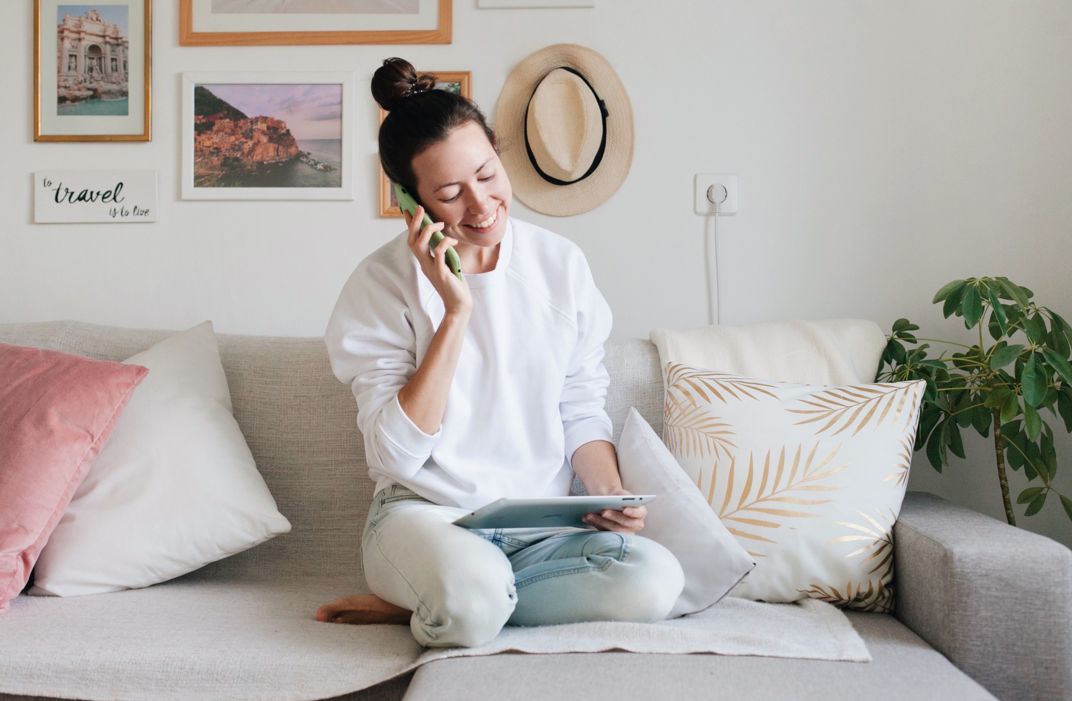 self_employed_woman_working_from_home_on_the_phone